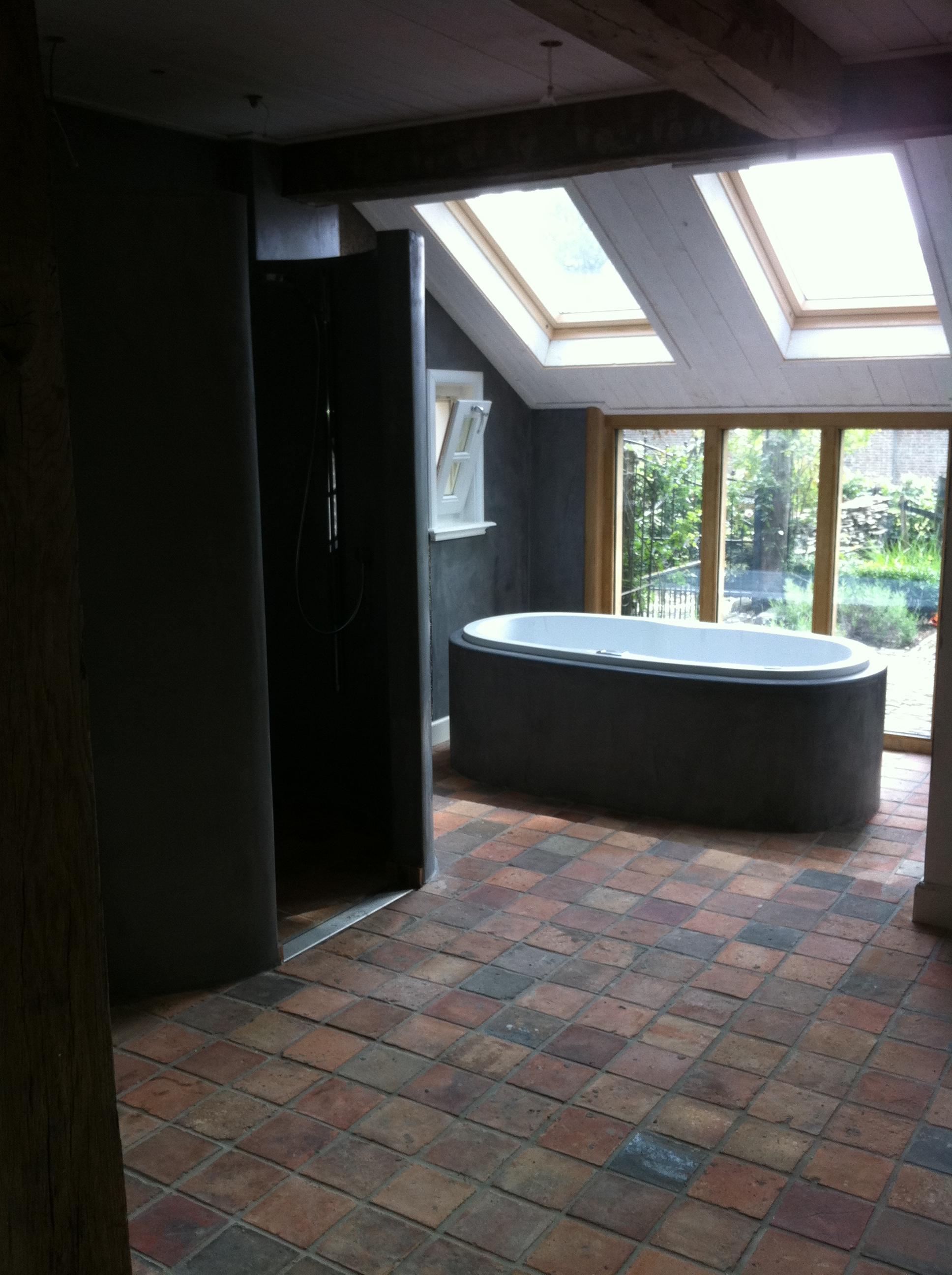 Estrikken rood wj oude bouwmaterialen - Bijvoorbeeld vlak badkamer ...
